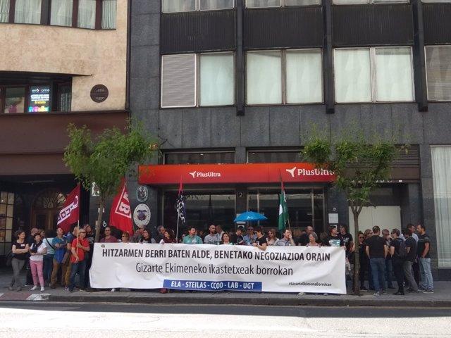 Sindicatos de centros de Iniciativa social llaman a la patronal a una nueva reunión en el CRL el 30 de mayo