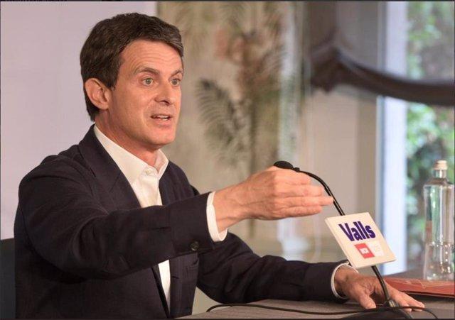"""Valls insta a PP, PSOE y Ciudadanos a actuar como en la UE y """"rechazar todo acuerdo con la extrema derecha"""""""
