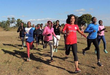 """Un viaje """"con sentido"""" a Kenia para correr contra la mutilación genital femenina"""