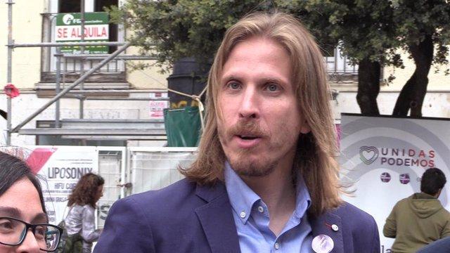 26M.- Fernández se dirige a la militancia socialista para señalar que solo Podemos-Equo representa el cambio