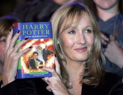 J. K. Rowling publicará cuatro nuevos libros sobre el universo Harry Potter