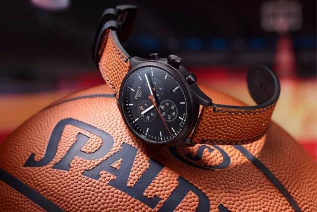 Baloncesto/NBA.- Tissot crea un reloj con correa del mismo cuero que los balones para celebrar la final de la NBA