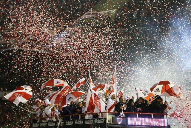 River Plate remonta 'in extremis' al Paranaense y conquista su tercera Recopa Sudamericana