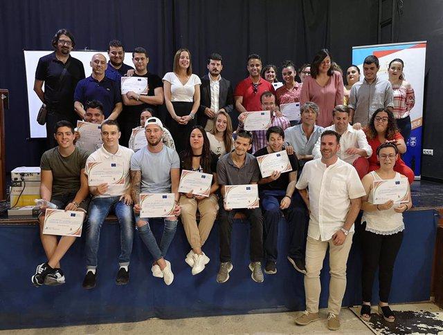 CádizAlDía.-Más de 20 personas finalizan dos itinerarios de formación profesional del programa Dipujoven en Barbate