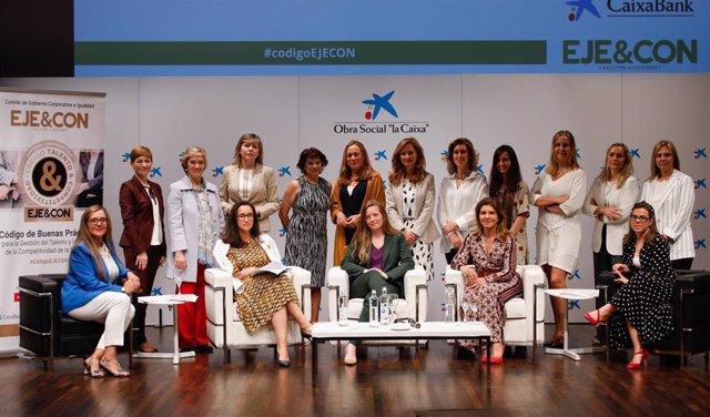 Sector público, comercio y educación, líderes en fomento de diversidad y participación femenina en puestos directivos