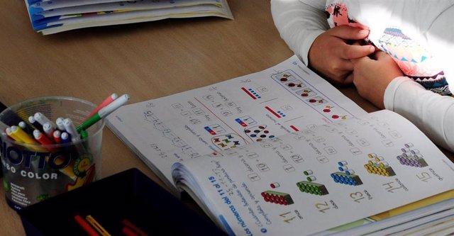 El Principado destina 2,3 millones a reforzar los bancos de libros de texto para centros públicos