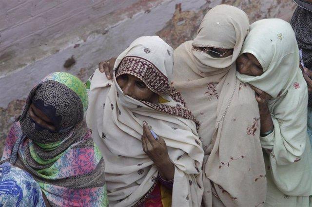 Mujeres en la ciudad paquistaní de Lahore