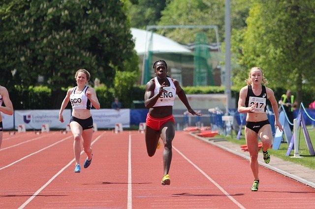Expertos piden regulación justa para atletas femeninas de éxito con niveles naturales elevados de testosterona
