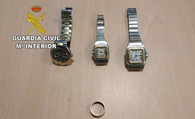 Sucesos.- Detenido por robar joyas y relojes valorados en 25.000 euros en una vivienda en Fuerteventura
