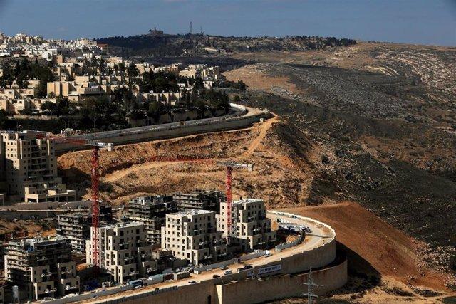 Asentamiento judío de Ramot en Jerusalén Este