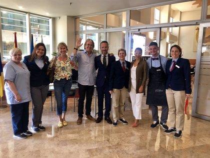 Personal de un hotel de Santa Cruz (España) salva la vida a un cliente argentino que sufrió un episodio de muerte súbita