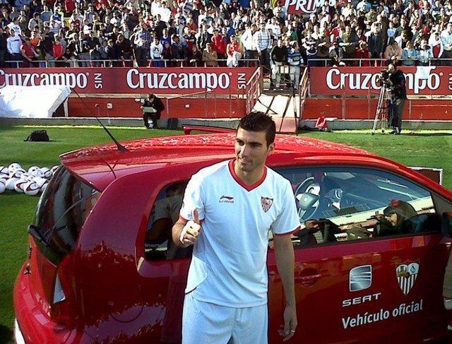 José Antonio Reyes Regresa Al Sevilla