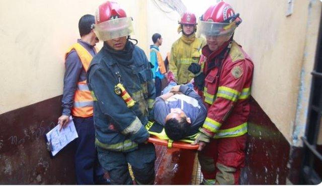 El gobierno peruano realiza un simulacro para prevenir sismos