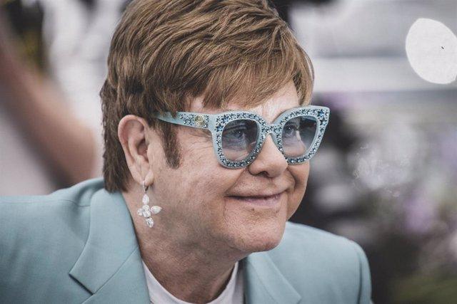 DOMINGO La canción de Elton John que Taron Egerton echa de menos en Rocketman