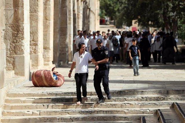 O.Próximo.- Disturbios en Jerusalén por la irrupción de ultranacionalistas judíos en la mezquita de Al Aqsa