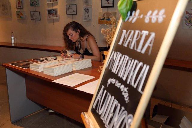 Marta Antipatriarcal presenta este lunes 'Aullemos' en los 'Lunes Literarios' que acoge El Sur