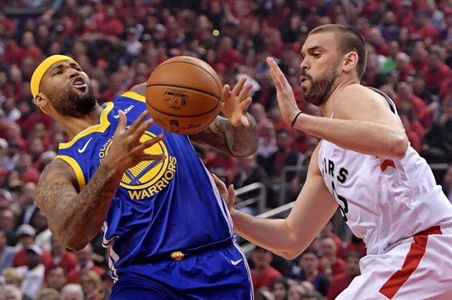 Baloncesto/NBA.- Los Warriors reaccionan y recuperan el 'factor cancha' ante los Raptors en las Finales de la NBA
