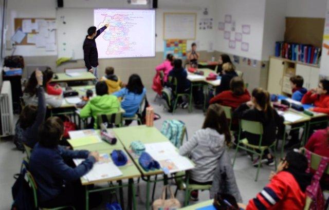 Calendario Escolar 2020 2020 Comunidad Valenciana.Asi Sera El Calendario Escolar Para El Curso 2019 2020 En La Comunitat Valenciana