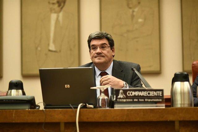 Comparecencia en el Congreso del presidente de la Autoridad Independiente de Responsablidad Fiscal (AIReF), José Luis Escrivá