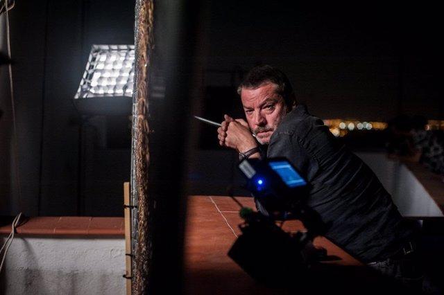 Enrique Urbizu prepara una serie sobre bandoleros para Movistar+ con el equipo de Gigantes