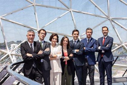 El doctor Antonio Bujaldón, nuevo presidente de la Sociedad Española de Periodoncia y Osteointegración