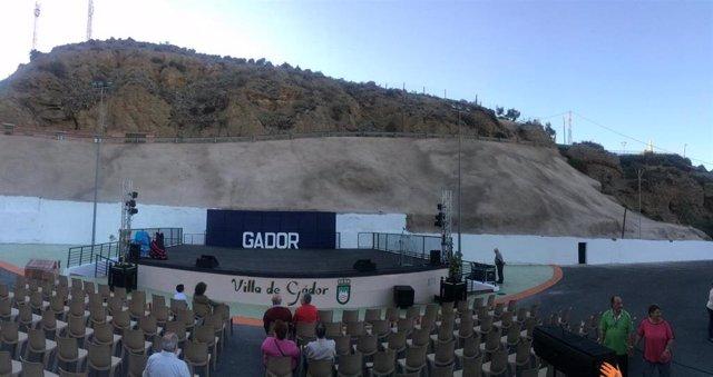 SaboresAlmería.-Los vecinos de Gádor estrenan un nuevo auditorio al aire libre para las noches de verano