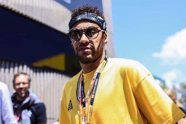 """Neymar niega las acusaciones de violación y afirma que está siendo víctima de una """"extorsión"""""""