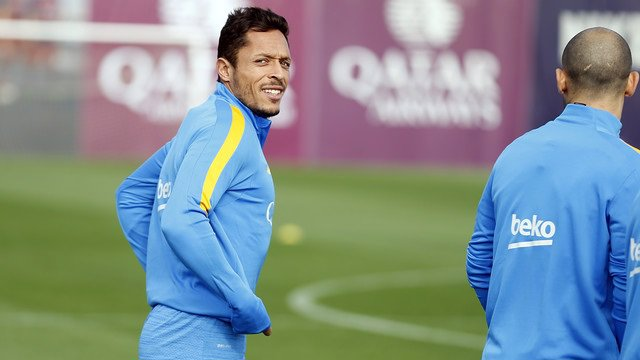 Adriano entrenamiento FC Barcelona