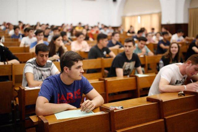 Entre el 15% y el 25% de los estudiantes españoles presentan niveles muy elevados de ansiedad, según la CEU San Pablo