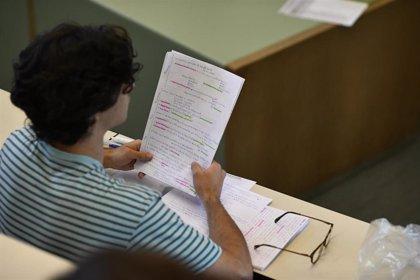 """La Complutense defiende que cada autonomía tenga su Selectividad porque un examen único en España sería una """"locura"""""""