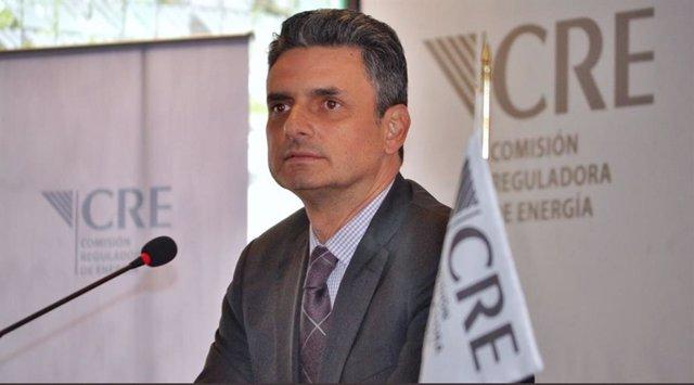 Dimite el presidente de la Comisión Reguladora de Energía en México