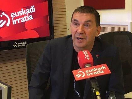 """Otegi dice que lo que haga el PSOE en Navarra será """"una carta de presentación"""" de Pedro Sánchez para la legislatura"""