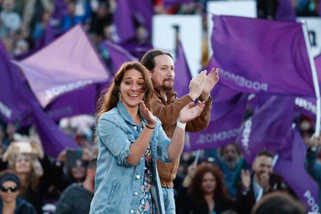 Acto de cierre de campaña de Unidas Podemos en el Auditorio del Parque Lineal de