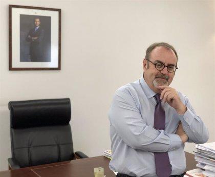 """Fernando Rey agradece a los docentes su ayuda para """"reconectar con su vocación"""""""
