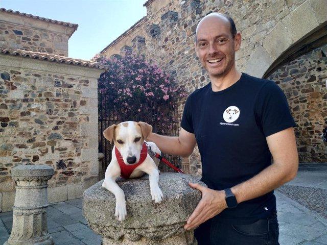 Turismo.- Pipper, el primer perro turista, llega a Cáceres para impulsar los viajes con mascota