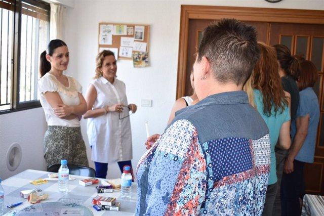 Un recurso pionero en la Región atiende a víctimas de violencia de género con adicciones y problemas de salud mental