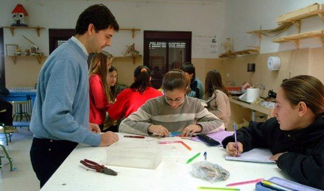 Educación.-AMP.- La Junta modificará el currículo de Primaria, Secundaria y Bachillerato para reducir el fracaso escolar