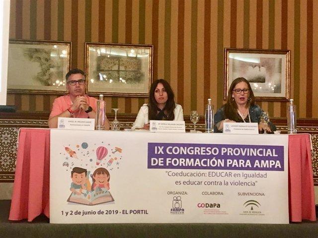 """Huelva.-Educación.-La delegada aboga por """"despolitizar"""" la educación: """"No es de izquierdas ni de derechas"""""""