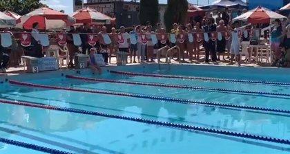 Una brasileña de 100 años logra un récord mundial en natación