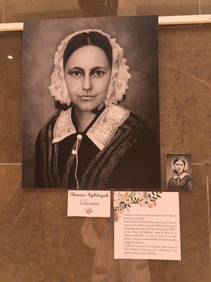 El Hospital de Antequera acoge la exposición fotográfica 'Luminarias, mujeres extraordinarias'