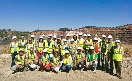 Empresarios turísticos visitan el patrimonio histórico y natural de Riotinto (Huelva)