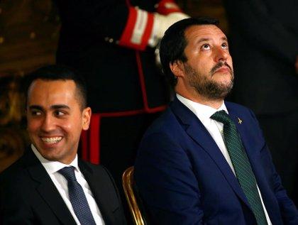 Salvini y Di Maio hablan por teléfono para desbloquear la acción del Gobierno de Italia