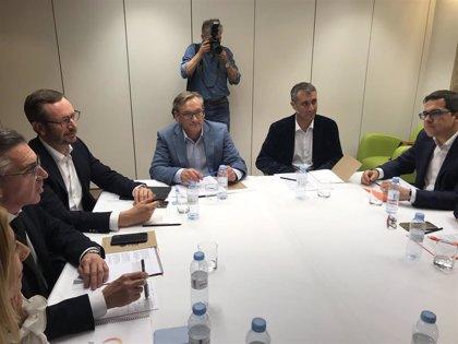 """Beamonte (PP) y Pérez (Cs) emplazan al PAR a negociar ya  tras el """"visto bueno"""" popular al decálogo naranja"""
