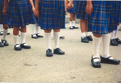 ¿Falda o pantalón? Una iniciativa por el uniforme escolar neutro desata la polémica en Ciudad de México