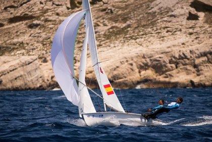 Jordi Xammar y Nicolás Rodríguez, líderes en 470 en la Hempel World Cup Series Marsella