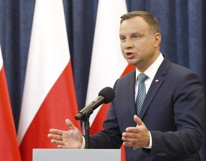 El presidente de Polonia aprueba una remodelación del Gobierno tras las salidas a raíz de las elecciones europeas