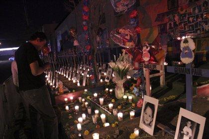 México recuerda a los 49 menores que murieron en el incendio de la Guardería ABC hace diez años