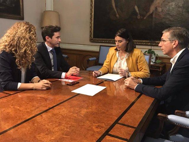 PSOE pide a PP no entregar el Ayuntamiento de Santander a Vox y avisa que intentará el pacto alternativo
