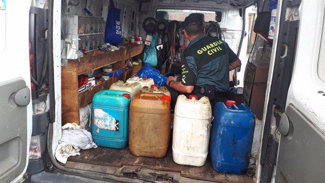 Detenidos 4 vecinos de Caldas de Reis de un grupo criminal al que se le atribuye el robo de 11.000 litros de gasóleo