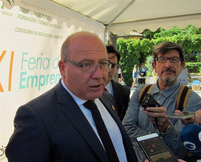 """Jaén.- El alcalde considera """"un acierto"""" el futuro decreto de la Junta para abordar las viviendas en situación irregular"""